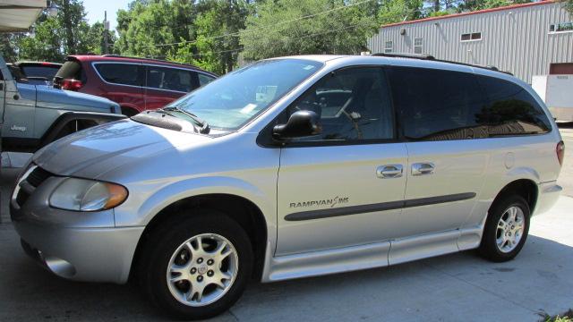 ffa5bf6fce 2003 Dodge Grand Caravan