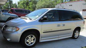 2003 Dodge Grand Caravan | Used Handicap Accessible Vans for Sale